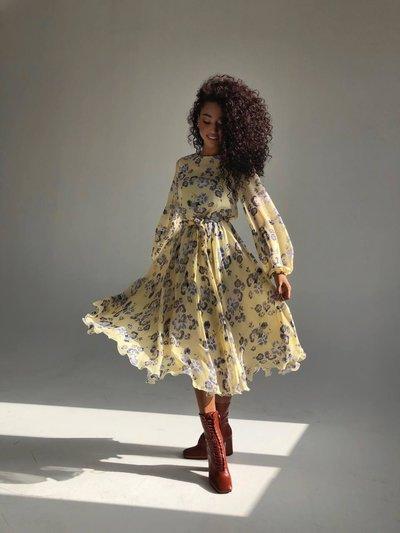 Платье из шифона вунди Венеция New Желтое с синими цветами